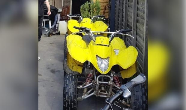 De teruggevonden gestolen quads (Foto: politie)
