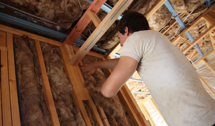 <p>Energiezuinig maken van een woning door isolatie.</p>