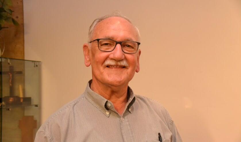 Jan Luysterburg schrijft elke twee weken een dialectrubriek in De Zuidwestkrant & De Halsterse Krant. Hij is een van de genomineerde verhalenschrijvers.