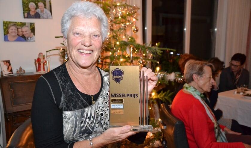 Trainster Riet Deelen van de woensdagavondgymclub van AC Olympia Halsteren is Olympiaan van het jaar.