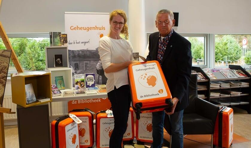 Met de opening van 'Het Geheugenhuis' in de bibliotheek van Hoogerheide is een nieuw informatiepunt gekomen waar iedereen terecht kan die meer wil weten over dementie. Koffers met  verschillende thema's die o.a. spelletjes en boekjes bevatten om het geheugen te trainen kan men vanaf afgelopen zaterd