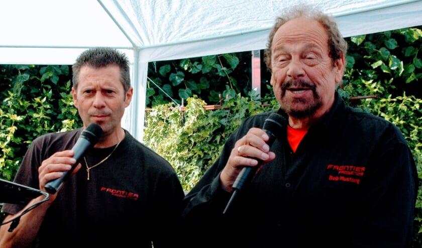<p>Rechts Bob van Vliet, beter bekend als Bob Mustang.</p>