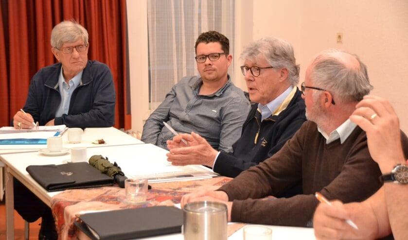 Tijdens de vergadering van DorpsRaad Halsteren ontstond felle kritiek op de politiek van gemeente Bergen op Zoom.