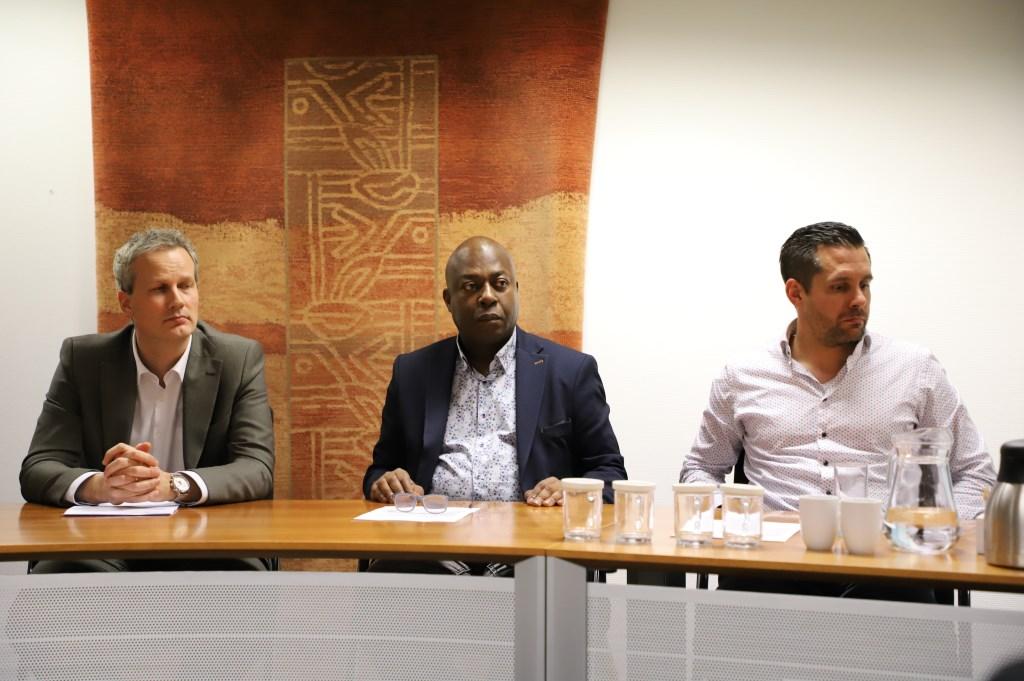 Wethouders Weys, Harijgens en Jacobs  © Minerve Pers