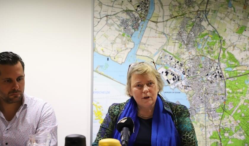 Wethouder Annette Stinenbosch maakt haar aftreden bekend.