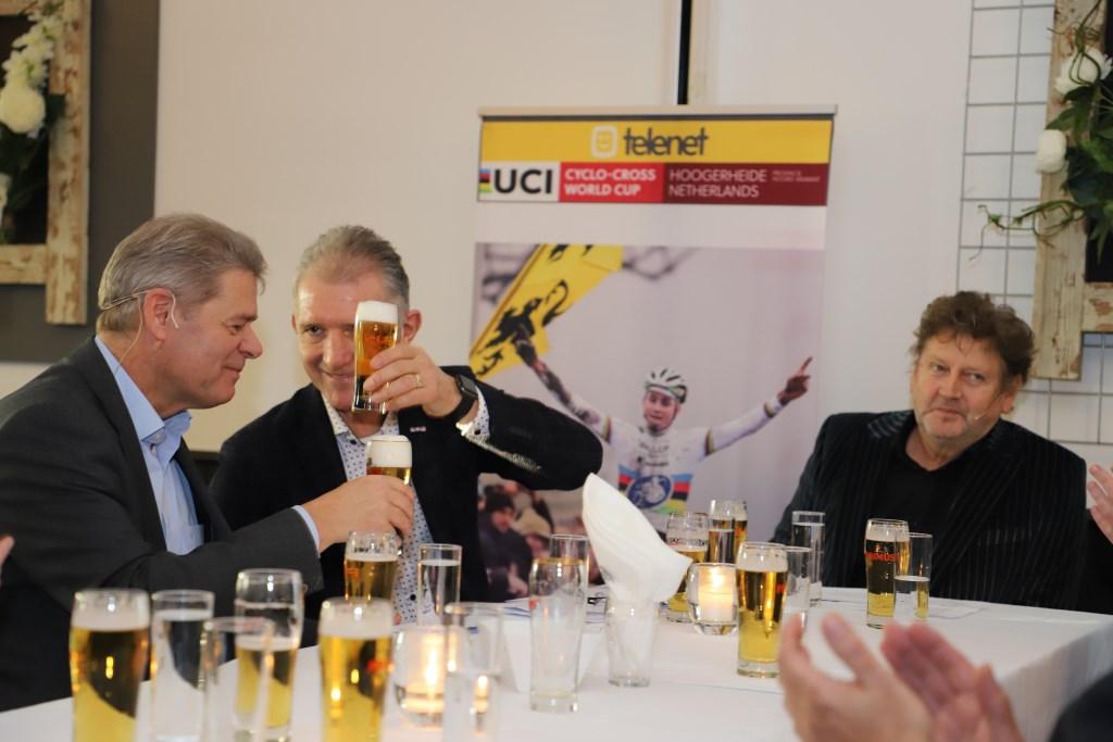 Gp Adrie van der Poel met sponsor Rabobank en Carl Huybrechts  © Minerve Pers