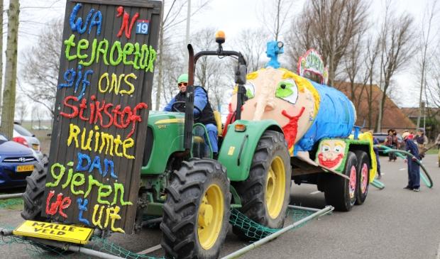 Carnavalsoptocht Lepelstraat Foto: Bep Tielemans © Minerve Pers