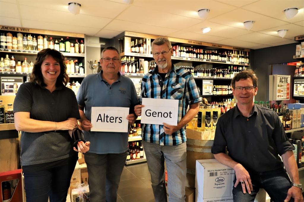 Van links naar rechts: Dianne Kessel, Frans Bosters, Aat van den Berg en Raymond Kessel.  Foto: Bep Tielemans © Minerve Pers