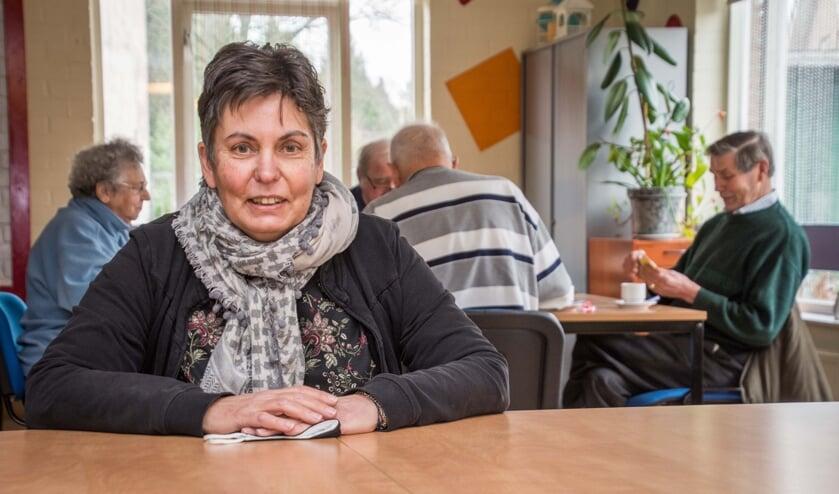 Jenny van Eekelen is blij dat de ouderensoos in 't Weike kan doorgaan.