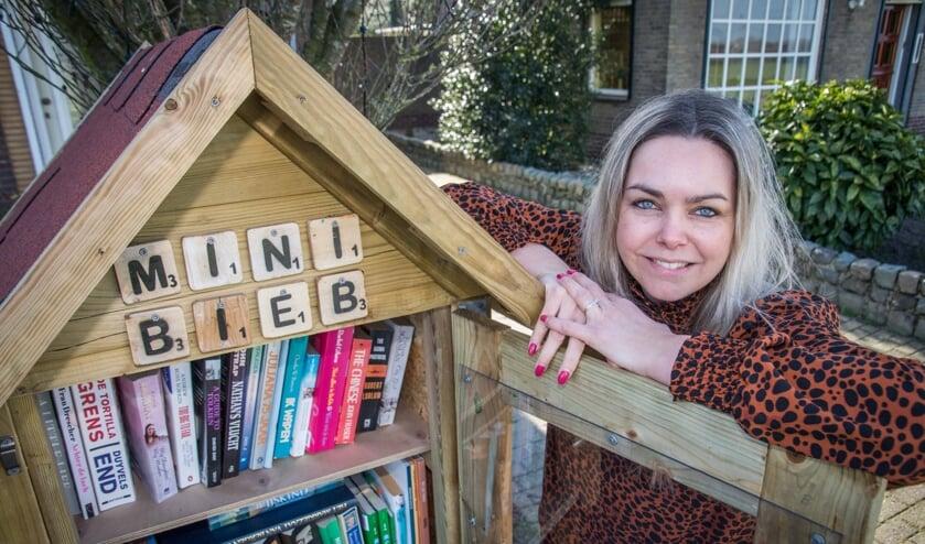 Ingrid Huijbregts is trots op haar mini-bieb!