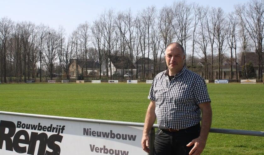 <p>Ton Gabri&euml;ls, vrijwilliger bij Lepelstraatse Boys.</p>