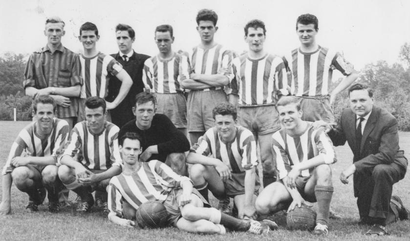 <p>ODIO 1 kampioen 1964. Staand v.l.n.r.: J. Nefs, A. van den Eijnden, L. Schroeijers, J. van Oevelen, J. Verbraeken, L. Melsen, M. de Wit. Zittend v.l.n.r.: A. de Vos, B. Maurits, V. van Hoek, G. Vriens, J. Dirkx, A. Jansen, A. van Steenpaal.</p>