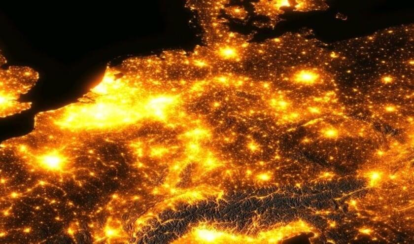 <p>Nacht van de Nacht; zo licht is Nederland.</p>
