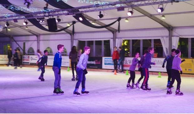 Uden on ice van start.  © Kliknieuws Uden