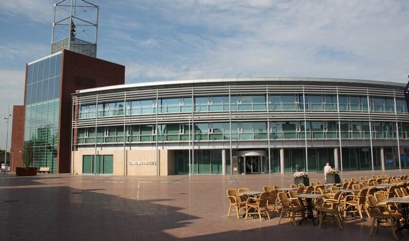 Juriste Alice van Hest mag het Boxmeerse gemeentehuis niet meer in.