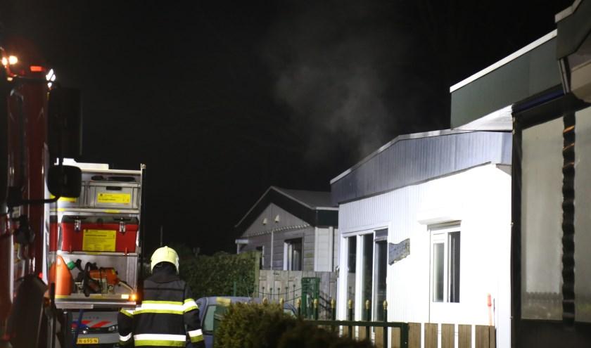 Chalet brandt volledig uit van binnen (Foto : Maickel Keijzers / Hendriks multimedia )