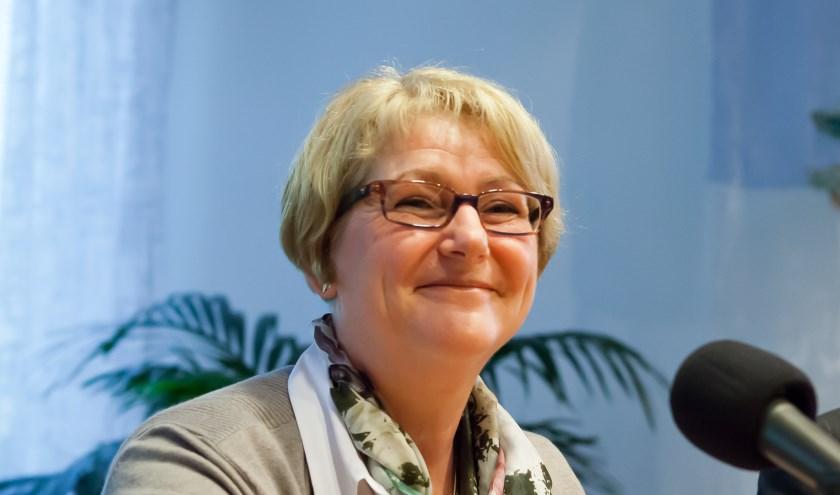 Ingrid Voncken: 'We gaan de wegbermen veiliger maken.' (archieffoto: Diana Derks)