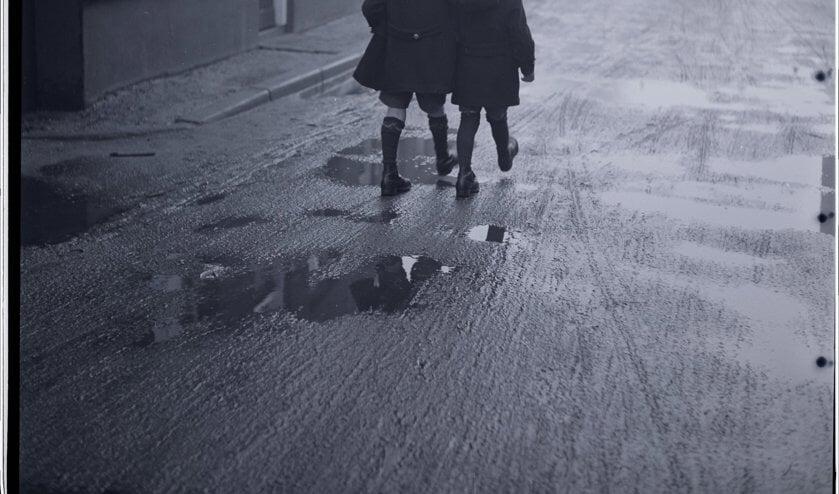 Osse kameraden onderweg, 25 december 1937. (Foto: Leo van den Bergh)