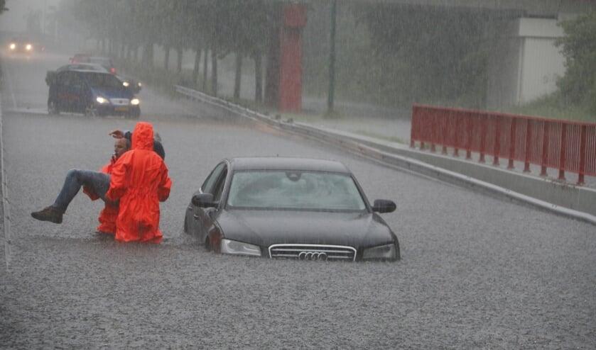 Bij extreem weer loopt de tunnelbak aan de Beersebaan onder water. (foto: SK-Media)