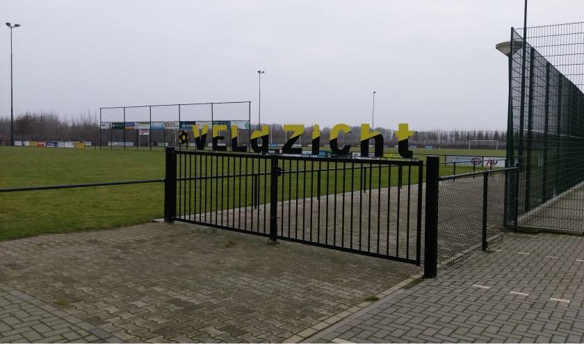 De (kleinere) buitensportverenigingen in de gemeente Cuijk vrezen voor leegloop van hun leden als de contributie noodgedwongen verhoogd moet worden door bezuinigingen op de buitensportaccommodaties.
