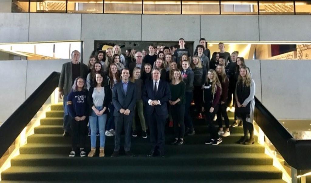 Onlangs kreeg Stijn een aantal leerlingen van het Zwijsen College op bezoek.  © Kliknieuws Veghel
