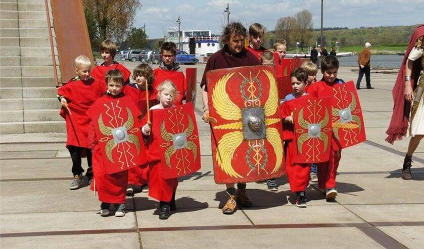 Cuijk moet een eigen Romeinenbeleid krijgen 'om de geschiedenis van Ceuclum te promoten en vermarkten'.