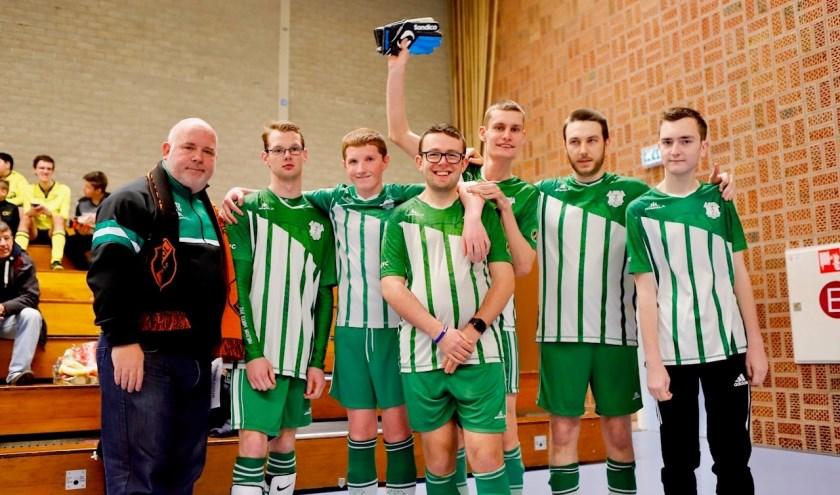 15 teams deden mee aan het Jumbo Cuijk Indoor G-toernooi van SIOL.