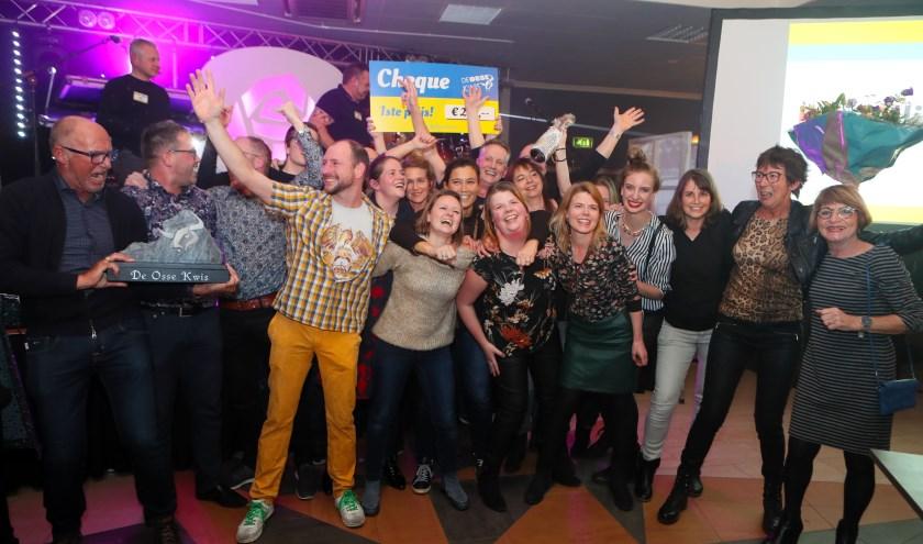De prijsuitreiking van de Osse Kwis vorig jaar. (foto: Hans van der Poel)