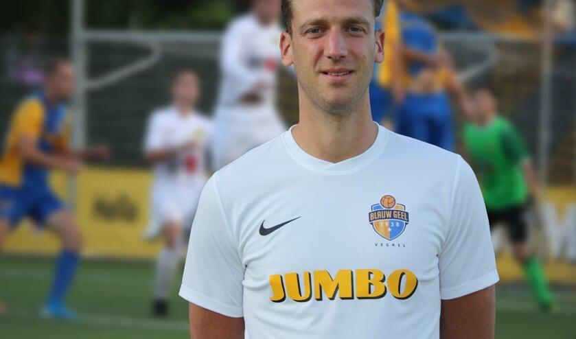 Desley hunkert naar minuten in het eerste elftal van Blauw Geel.