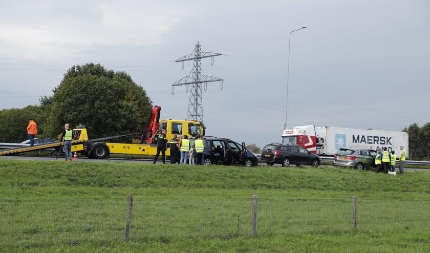 Ongeval met acht auto's op A73 bij Beers.