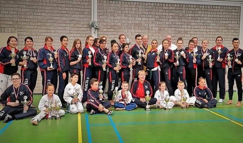 Taekwondoschool Tapia pakt veel medailles op NK