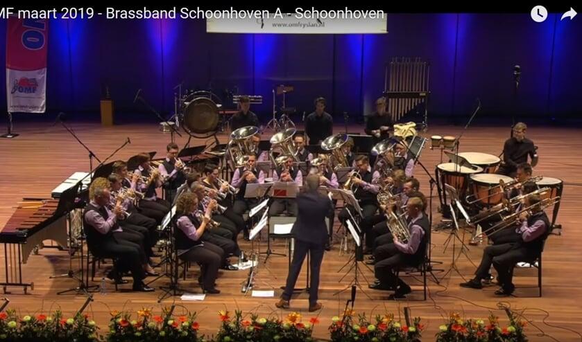 Brass Band Schoonhoven in actie.