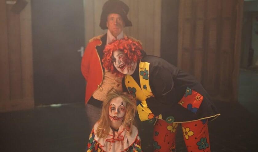 De freaks van het Freak Circus Scary Doolhof.
