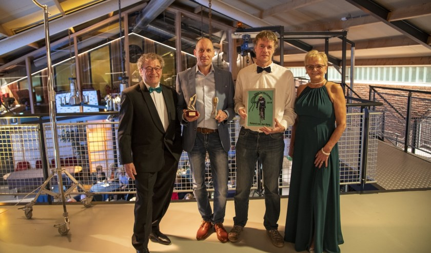 V.l.n.r: sponsor Tini den Dekker, Toine Foolen; Roland van den Berg en sponsor Jolique den Dekker.