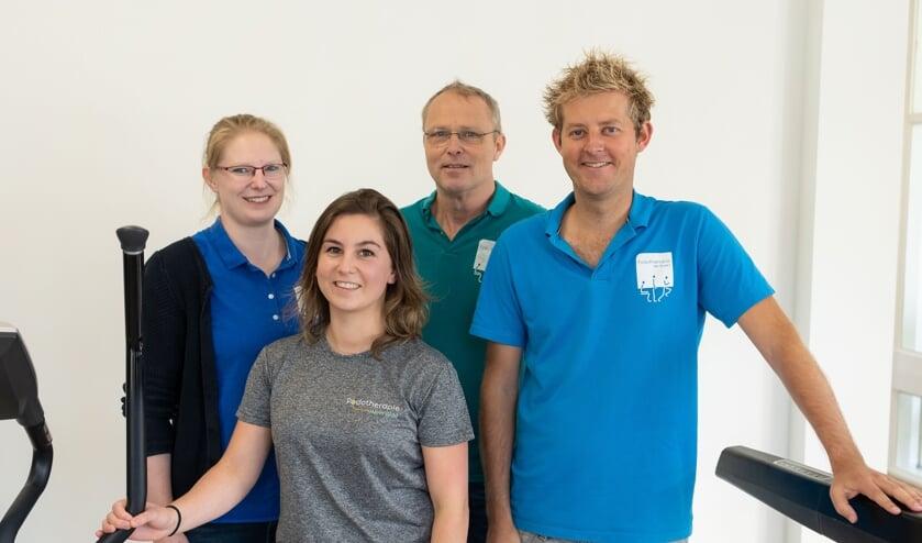 Karin van de Crommert, Melinda de Mol, Eric van Veen, Luuk Scheenloop.