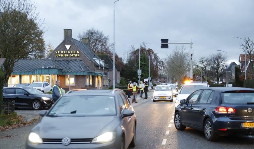 Ludiek protest op de N264 maakte duidelijk wat de gevolgen voor de doorstroming zijn bij 30 kilometer per uur.