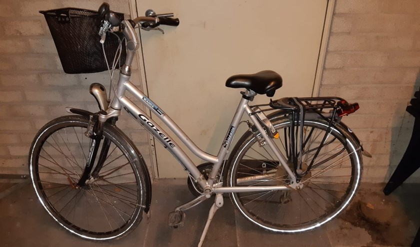 De politie is op zoek naar de eigenaar van deze fiets. (foto: Politie Cuijk)