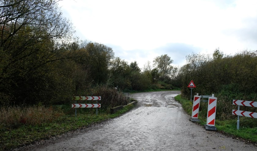 De Lommerstraat, die Linden met Gassel verbindt, moet in de toekomst volledig verhard worden.
