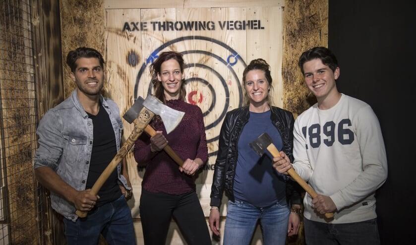 Axe Throwing Veghel organiseert de eerste editie van het Nederlands Kampioenschap Axe Throwing.