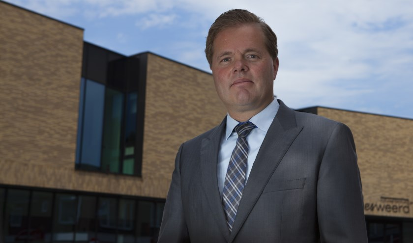 Burgemeester Antoine Walraven.