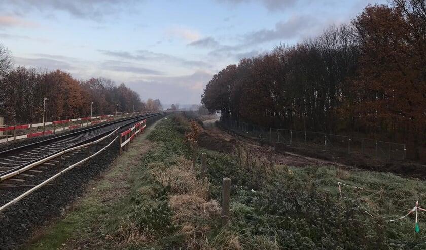 De aanleg van het fietspad tussen de Mariagaarde in Katwijk en de Galberg in Cuijk is in volle gang.