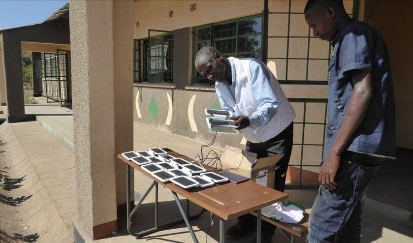 Project I-School tablets voor basisonderwijs van de Stichting Chitungulu Zambia.