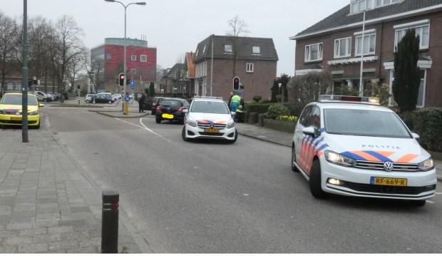 Ongeval op de kruising van de Nieuwe Hescheweg / Molenstraat. (Foto: Thomas)  © 112 Brabantnieuws