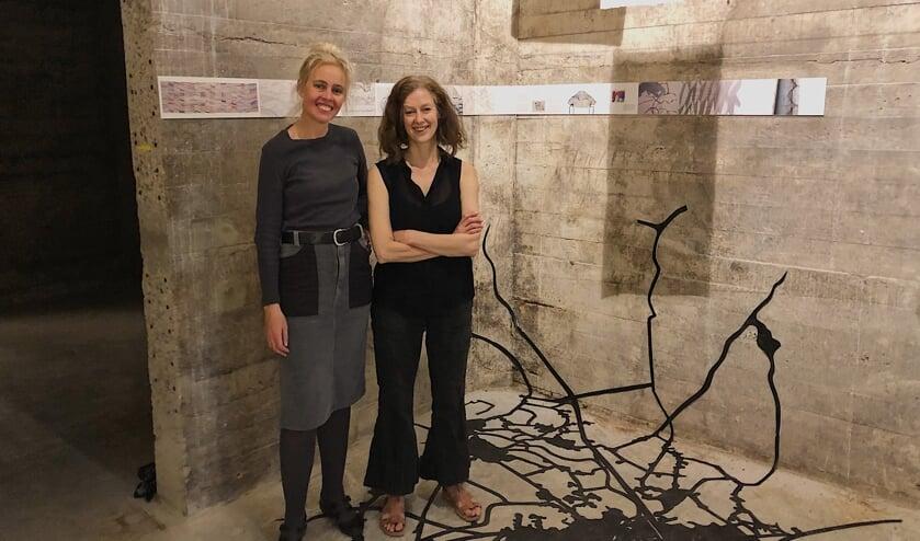 In de Wiebenga silo is een totaalkunstwerk ontstaan van  Maria Kapteijns en Véronique Driedonks.