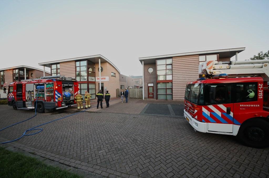 Brand in bedrijfspand Vlinderhof. (Foto: Gabor Heeres / Foto Mallo)  © 112 Brabantnieuws