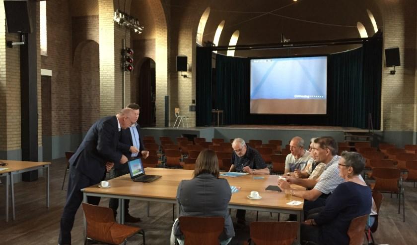 De bijeenkomst over de nieuwe gemeente trok in Vortum-Mullem slechts acht belangstellenden.