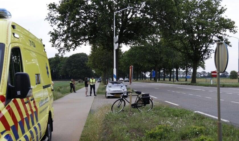 Bij een ongeval op de Middenpeelweg in Wilbertoord is een fietser zwaargewond geraakt.