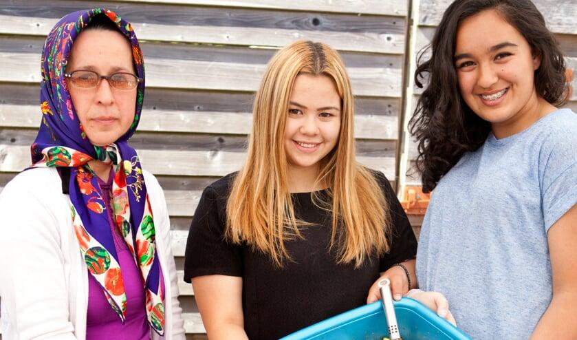 Tijdens de jaarlijkse Kermes in Cuijk zijn er verschillende lekkernijen te koop. (archieffoto: Diana Derks)