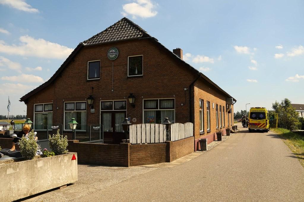 Gewonde bij ongeval in Lithoijen. (Foto: Gabor Heeres / Foto Mallo)  © 112 Brabantnieuws