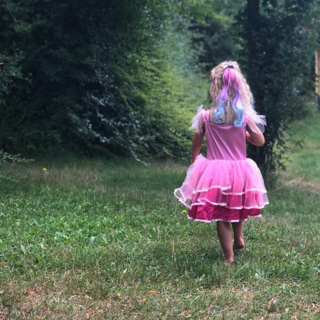 """Suzan vd Biezen: """"Erg genoten met ons gezinnetje. Ons dametje liep vaak stralend rond met haar Barbie jurkje."""" © Kliknieuws Uden"""